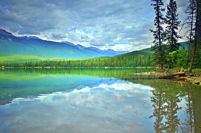 Photograph - The Crystal Waters Of Lake Annette by Tara Turner