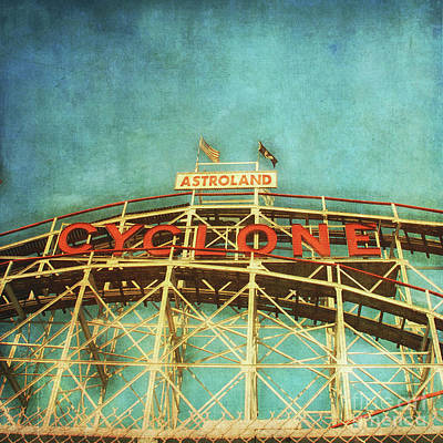 Cyclone Rollercoaster Photograph - The Cyclone by Tamara Lee