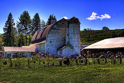 Dairy Barn Photograph - The Dahmen Barn by David Patterson