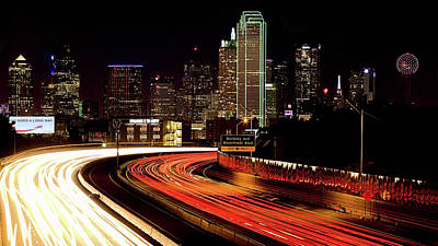 Photograph - The Dallas Night Skyline by JC Findley
