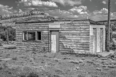 Photograph - The Dewey Cabin by Richard J Cassato