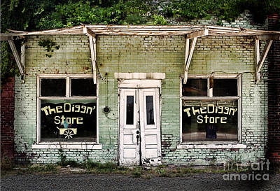 Old Door Photograph - The Diggn Store Garden Center  by T Lowry Wilson