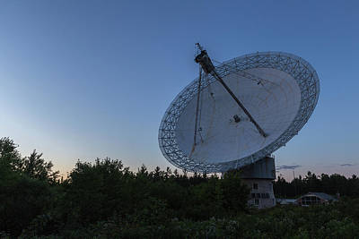 Photograph - The Dish At Night by Josef Pittner