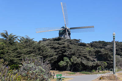 Photograph - The Dutch Windmill San Francisco Golden Gate Park San Francisco California 5d3256 by San Francisco Bay Area Art and Photography