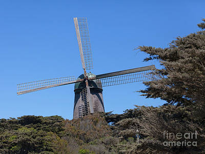 Photograph - The Dutch Windmill San Francisco Golden Gate Park San Francisco California 5d3259 by San Francisco Bay Area Art and Photography