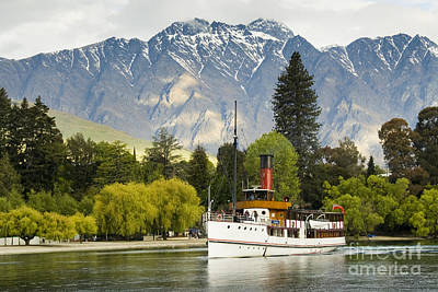 Photograph - The Earnslaw by Werner Padarin