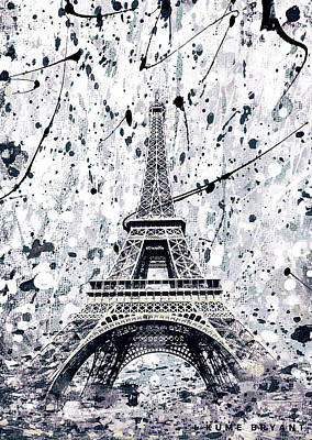 Mixed Media - The Eiffel Tower by Kume Bryant
