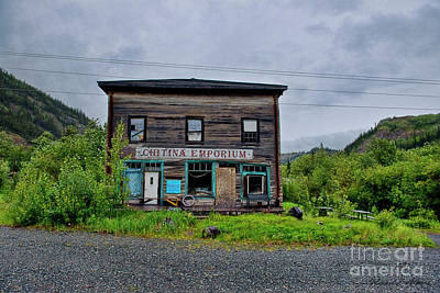 Photograph - The Emporium In Chitina Alaska by David Arment