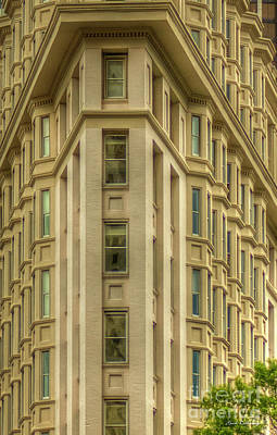Photograph - The English American Building Flatiron Building Art by Reid Callaway