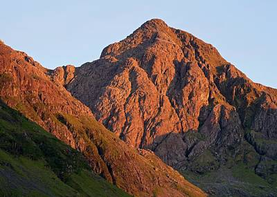 Photograph - The Evening Light Hits Bidean Niam Ban by Stephen Taylor