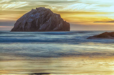 Photograph - The Face Rock by Jonathan Nguyen