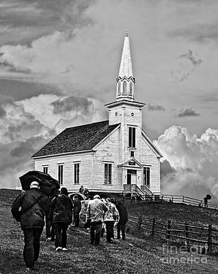 Photograph - The Faithful by Tom Griffithe