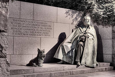 Photograph - The Fdr Memorial by JC Findley