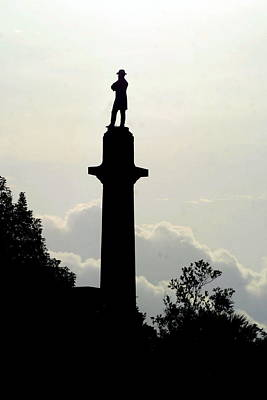 Photograph - The Final Sunrise Of The Statue Of General Robert E. Lee by Michael Hoard