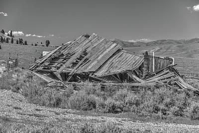 Photograph - The Fixer Upper by Richard J Cassato
