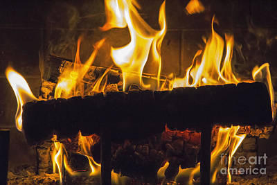 Warming Filter Photograph - The Flame by Cheryl Aguiar