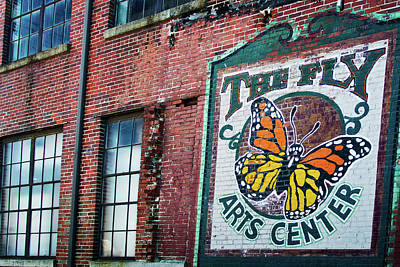 Photograph - The Fly Arts Center by George Taylor