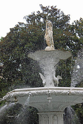 Savannah Fine Art . Savannah Old Trees Photograph - The Forsyth Fountain by Suzanne Gaff