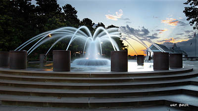 Photograph - The Fountain At Waterfront Park by Walt Baker