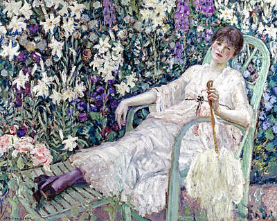 Cotton Muslin Painting - The Garden Chair by Frederick Carl Frieseke