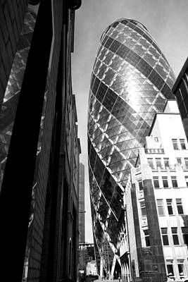 Photograph - The Gherkin In Black And White by Julius Reque