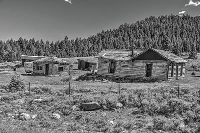 Photograph - The Gilmore Homestead by Richard J Cassato