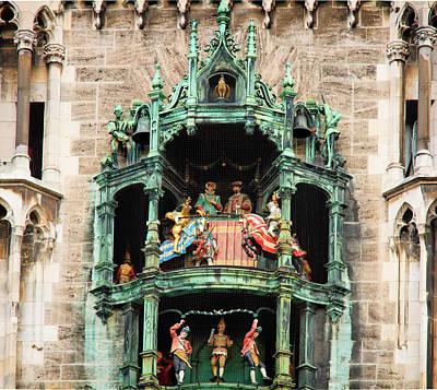 Photograph - The Glockenspiel Munich by Shirley Mitchell