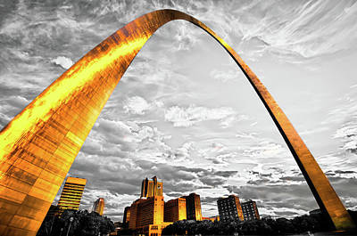 Photograph - The Golden Arch - Sunlight On Saint Louis Skyline by Gregory Ballos