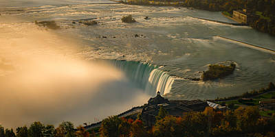 The Golden Mist Of Niagara Art Print