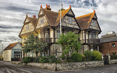 Essex Wall Art - Photograph - The Grand House by Martin Newman