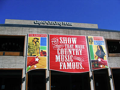 Famous Er Photograph - The Grand Ole Opry House In Nashville Tennessee by Marian Bell