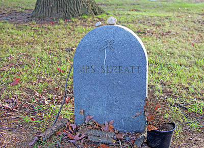 Photograph - The Grave Of Mary Surratt by Cora Wandel