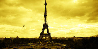 Paris Skyline Royalty-Free and Rights-Managed Images - The great icon by Laura Greco