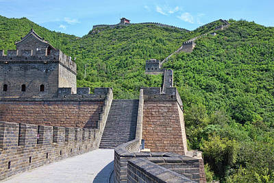 Womens Empowerment - The Great Wall 1 by Rick Lawler