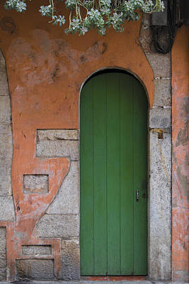 Photograph - The Green Door by Gary Lengyel
