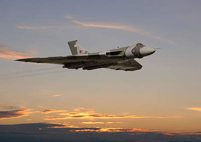Vulcan Photograph - The Guardian by Pat Speirs