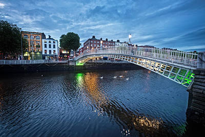 Photograph - The Ha'penny Bridge In Dublin At Night by Debra and Dave Vanderlaan