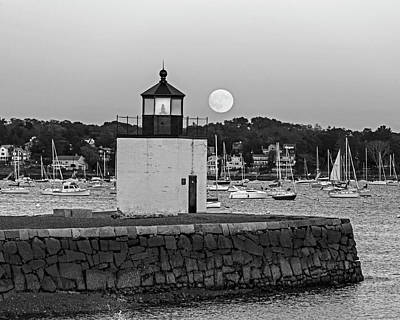 Photograph - The Harvest Moon Rising On Derby Light Salem Ma Black And White by Toby McGuire