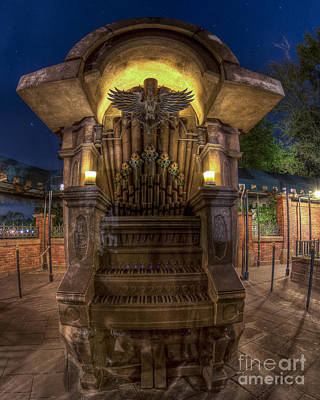 Photograph - The Haunted Organ by Luis Garcia