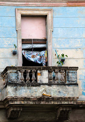 Photograph - The Havana Baker's Apartment by Peter Bates