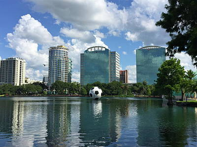 Photograph - The Heart Of Orlando by Denise Mazzocco