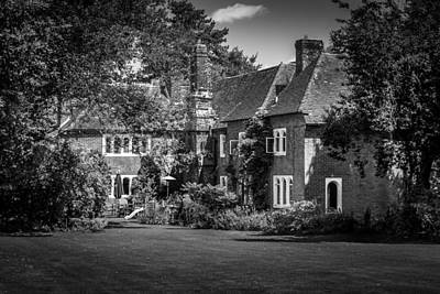 Print featuring the photograph The House At Beech Court Gardens by Ryan Photography