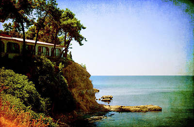Photograph - the House on the Rocks by Milena Ilieva
