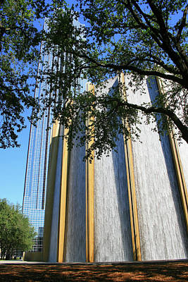 Photograph - The Houston Water Wall And Williams Tower by Angela Rath
