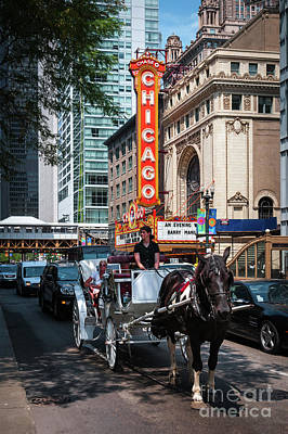 The Iconic Chicago Theater Sign And Traffic On State Street Art Print