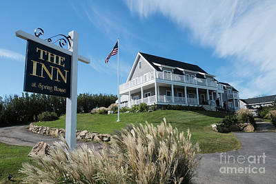Photograph - The Inn At Spring House Beautiful Inns And Hotels On Block Island Rhode Island  by Wayne Moran