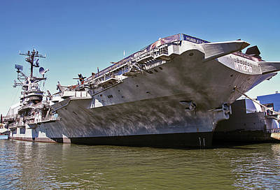 Photograph - The Intrepid In New York City by Bob Slitzan