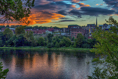 Wall Art - Photograph - The James River At Lynchburg by Cliff Middlebrook