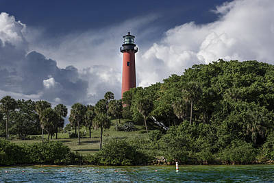 Frame House Photograph - The Jupiter Inlet Lighthouse by Laura Fasulo