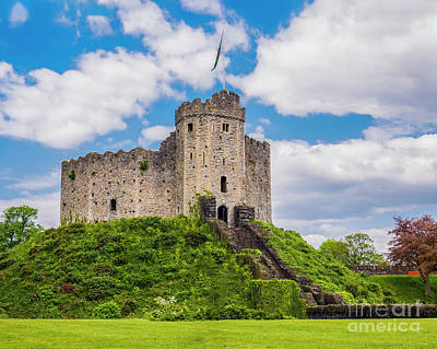 Photograph - The Keep, Cardiff Castle by Jim Orr